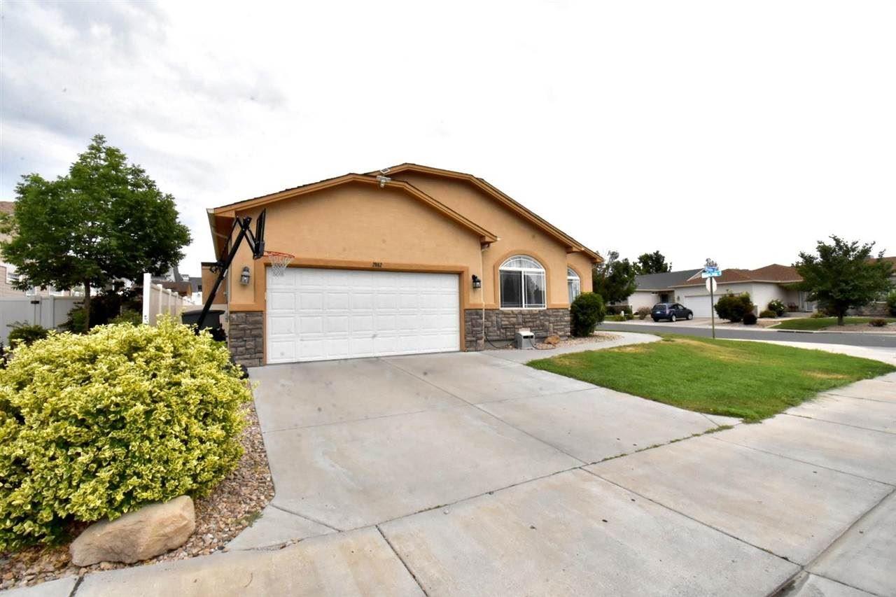 Photo of 2862 Presley Avenue, Grand Junction, CO 81501 (MLS # 20213804)