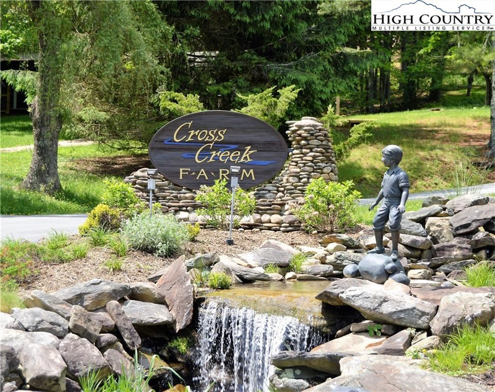 Photo for Lot 12 Black Locust Circle, Blowing Rock, NC 28605 (MLS # 226609)