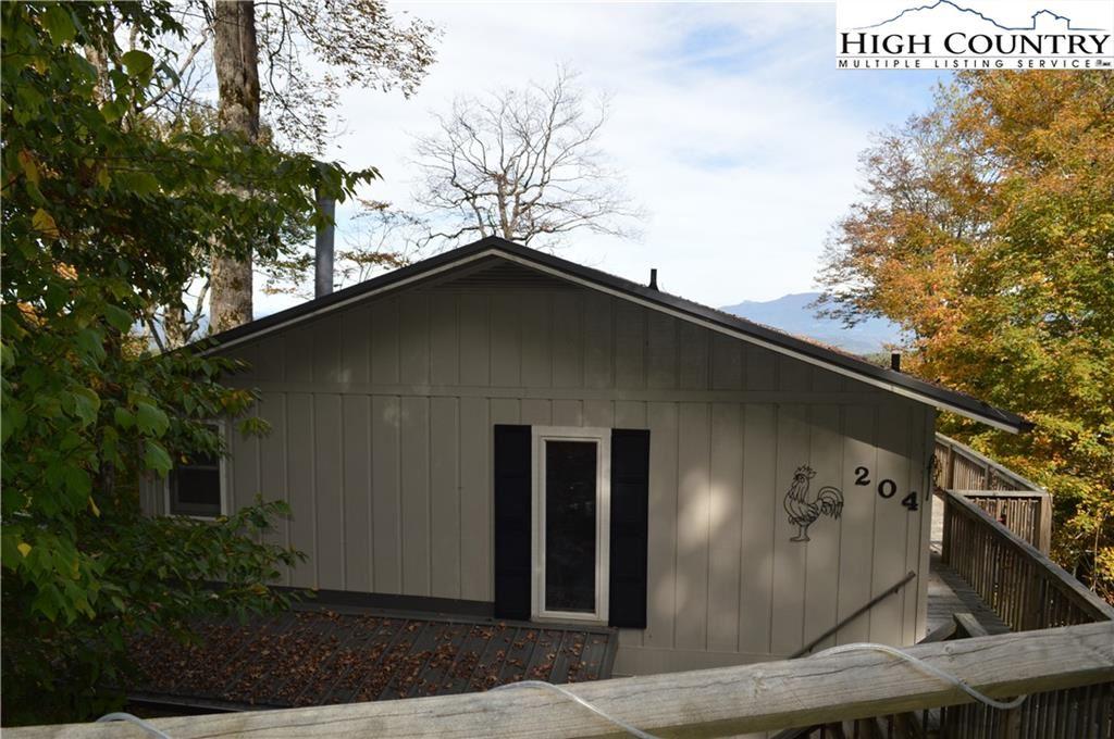 Photo for 204 Northridge Road, Beech Mountain, NC 28604 (MLS # 233683)