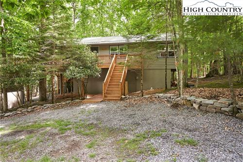 Photo of 102 Teaberry Trail, Beech Mountain, NC 28604 (MLS # 230879)