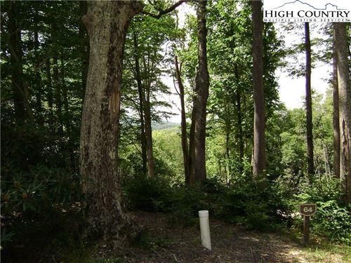 Photo of Lot 64 Mountain Breeze Knoll, Blowing Rock, NC 28605 (MLS # 230907)