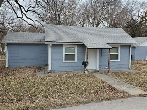 Photo of 2204 N 45th Street, Kansas City, KS 66104 (MLS # 2307000)