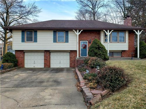 Photo of 837 W Kansas Street, Liberty, MO 64068 (MLS # 2208352)