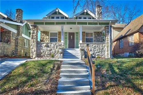 Photo of 4302 Benton Boulevard, Kansas City, MO 64130 (MLS # 2254359)