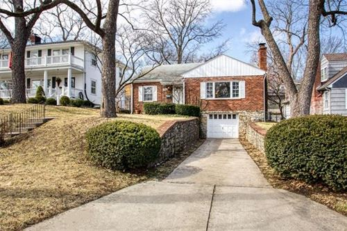 Photo of 4924 Wyoming Street, Kansas City, MO 64112 (MLS # 2304431)