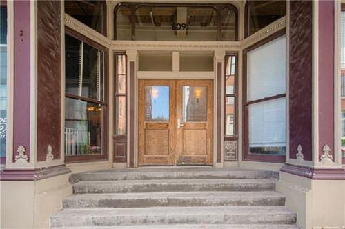 Photo of 609 Central Street #1501, Kansas City, MO 64105 (MLS # 2350456)