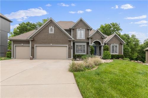 Photo of 14025 NW 61st Court, Parkville, MO 64152 (MLS # 2323634)