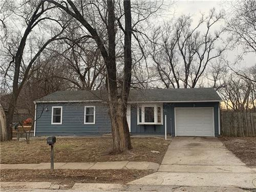 Photo of 838 N 83RD Terrace, Kansas City, KS 66112 (MLS # 2306868)