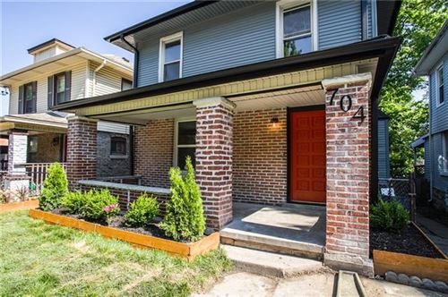 Photo of 704 E 27th Terrace, Kansas City, MO 64109 (MLS # 2350908)