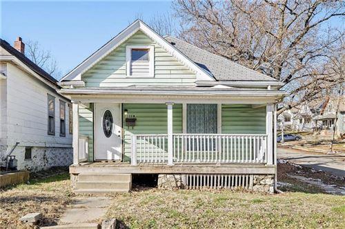 Photo of 122 N Elmwood Avenue, Kansas City, MO 64123 (MLS # 2258943)