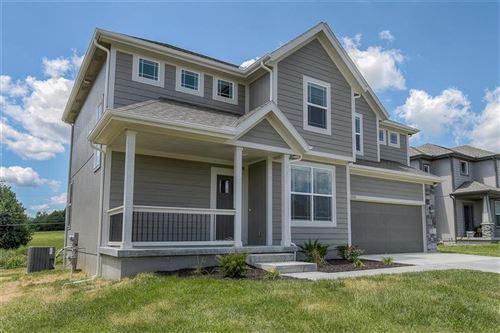Photo of 1221 N 133RD Terrace, Kansas City, KS 66109 (MLS # 2228953)
