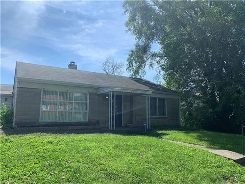 Photo of 1239 Brooks Street, Indianapolis, IN 46202 (MLS # 21761371)