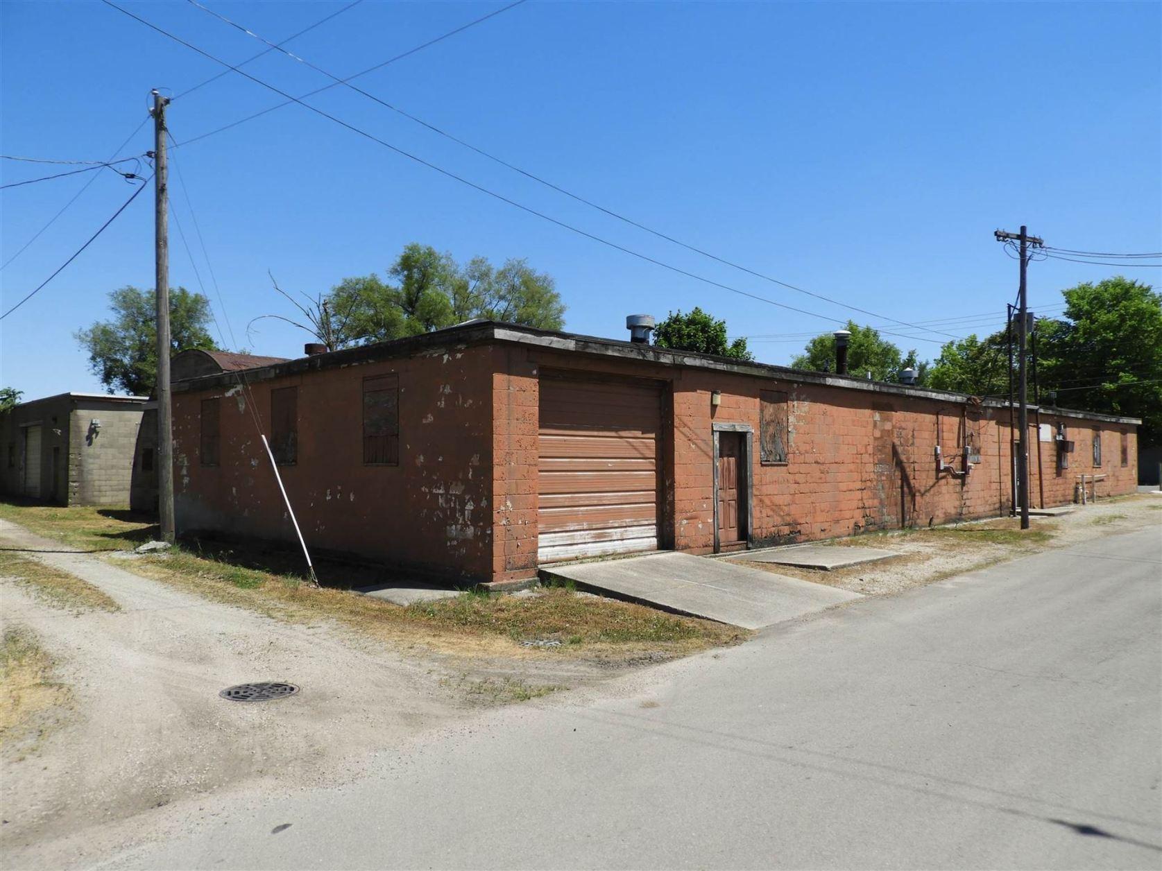 Photo of 1332 W Second Street, Muncie, IN 47305 (MLS # 202026047)