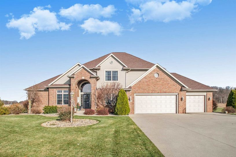 Photo of 26685 County Road 52, Nappanee, IN 46550 (MLS # 202046595)
