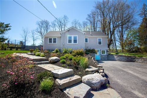 Photo of 8 Roberts Street, Falmouth, ME 04105 (MLS # 1453165)