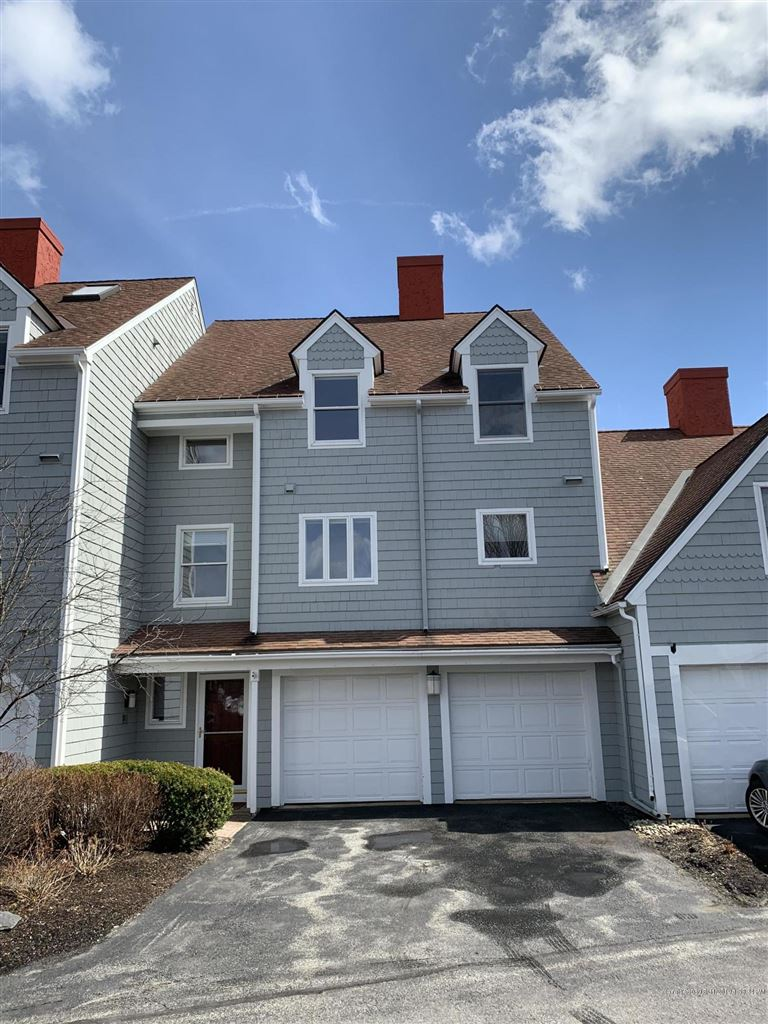 Photo for 4 Anchorage Place #4, South Portland, ME 04106 (MLS # 1409861)