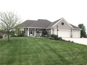 Photo of S39W22231 Timm Dr, Waukesha, WI 53189 (MLS # 1641053)