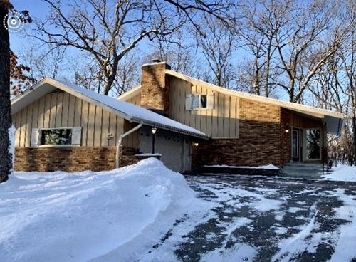 Photo of N22W26989 Knollwood Rd, Pewaukee, WI 53072 (MLS # 1677059)
