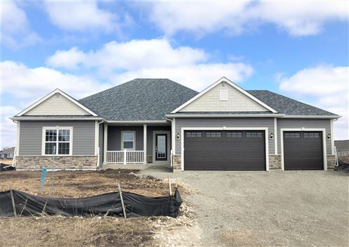 Photo of 3054 Mendota DR, Summit, WI 53066 (MLS # 1683083)
