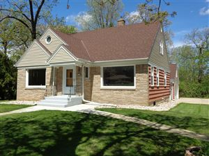 Photo of 2900 W Grange Ave, Greenfield, WI 53221 (MLS # 1640216)