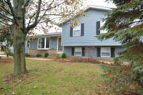 Photo of 525 S Colonial Pkwy, Saukville, WI 53080 (MLS # 1670231)