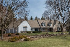 Photo of 5314 W River Trl, Mequon, WI 53092 (MLS # 1629336)