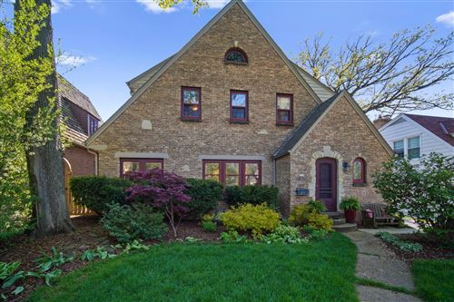 Photo of 171 N 88th St, Wauwatosa, WI 53226 (MLS # 1690338)