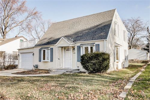 Photo of 608 N 113th St, Wauwatosa, WI 53226 (MLS # 1670355)