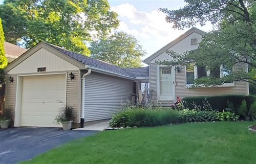 Photo of 757 N 114th St, Wauwatosa, WI 53226 (MLS # 1701359)