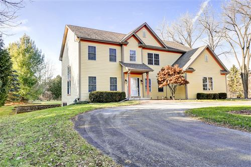 Photo of 11245 N Buntrock Ave, Mequon, WI 53092 (MLS # 1674364)
