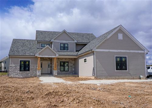 Photo of W132N6767 West View Cir, Menomonee Falls, WI 53051 (MLS # 1676467)