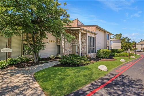 Photo of 16G Abbey Villa Circle #16G, Fontana, WI 53125 (MLS # 1746467)
