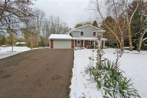 Photo of 10114 N Meadow Ln, Mequon, WI 53092 (MLS # 1666524)