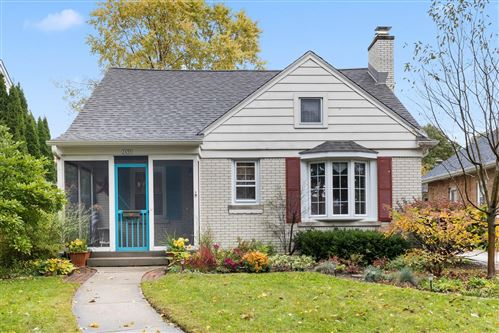 Photo of 2456 N 82nd St, Wauwatosa, WI 53213 (MLS # 1714529)