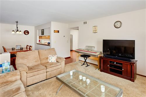 Photo of 360 Park Hill Dr #B, Pewaukee, WI 53072 (MLS # 1676585)
