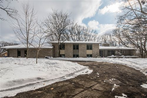 Photo of S12W29085 Summit Ave, Delafield, WI 53188 (MLS # 1676599)