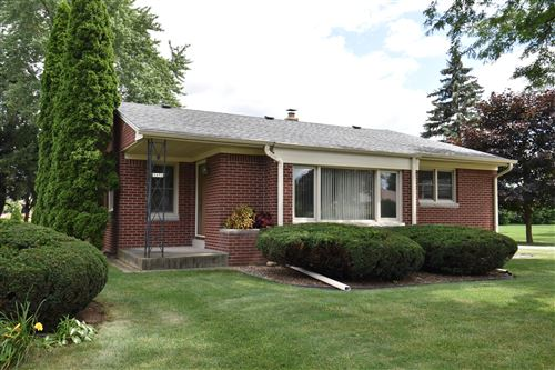 Photo of 3656 S 157th St, New Berlin, WI 53151 (MLS # 1768630)