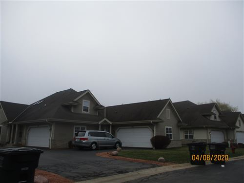 Photo of 4848 S Waterview Ct, Greenfield, WI 53220 (MLS # 1684658)