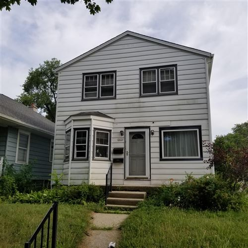 Photo of 2039 E Holt Ave, Milwaukee, WI 53207 (MLS # 1701693)