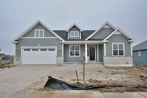 Photo of N61W21567 Legacy Trl, Menomonee Falls, WI 53051 (MLS # 1662719)