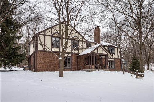 Photo of 1450 Weber Ct, Delafield, WI 53029 (MLS # 1676737)