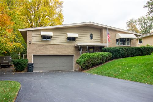 Photo of 634 N 121st St, Wauwatosa, WI 53226 (MLS # 1715760)