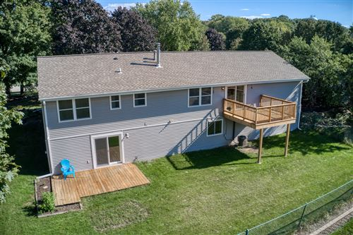 Tiny photo for 689 Cardiff Dr, Hartland, WI 53029 (MLS # 1763762)