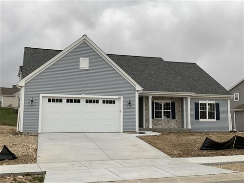 Photo of 1515 Walnut Ct, Hartford, WI 53027 (MLS # 1678811)