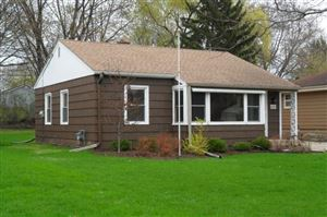 Photo of 4248 N 95th St, Wauwatosa, WI 53222 (MLS # 1622838)