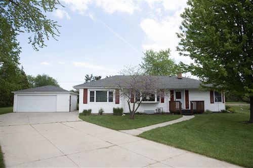 Photo of 9502 W Ruby Ave, Wauwatosa, WI 53225 (MLS # 1690841)