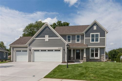 Photo of N49W15496 Orchid Cir, Menomonee Falls, WI 53051 (MLS # 1672909)