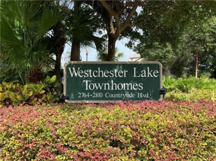 Photo of 2804 COUNTRYSIDE BOULEVARD #1, CLEARWATER, FL 33761 (MLS # T3194076)