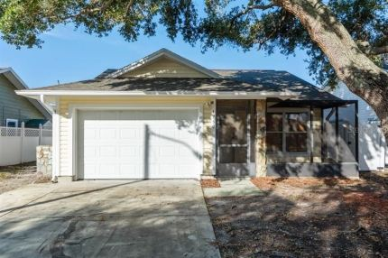 Photo for 1750 NEEDLES LANE W, LARGO, FL 33771 (MLS # U8075517)