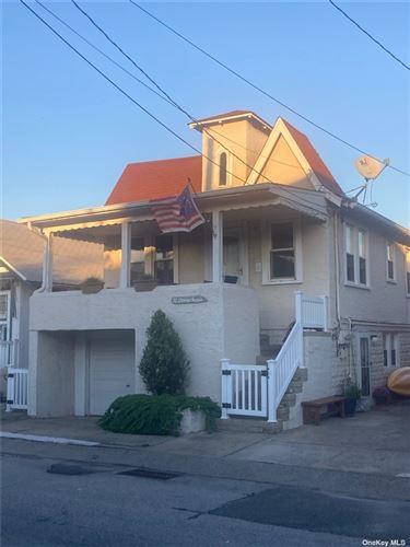 Photo of 70 Oswego Avenue, E Atlantic Beach, NY 11561 (MLS # 3354249)